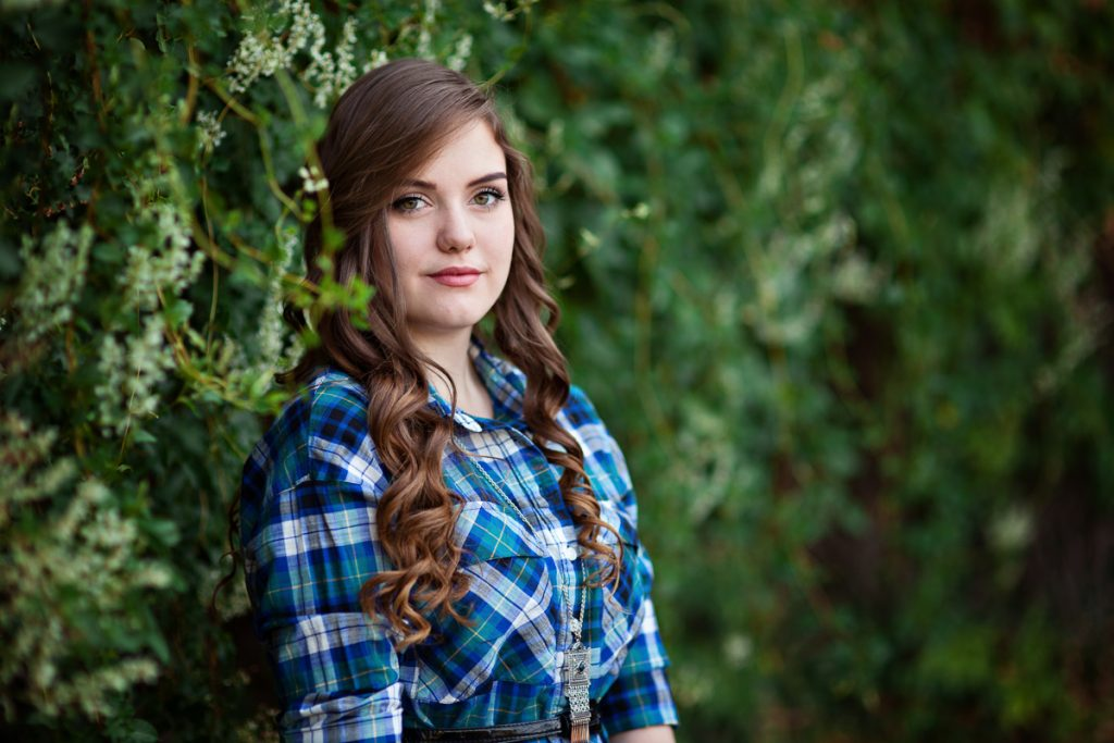 Beautiful high school senior girl portrait photography session in Laramie Wyoming. Senior portraits by Megan Lee Photography based in Laramie Wyoming.