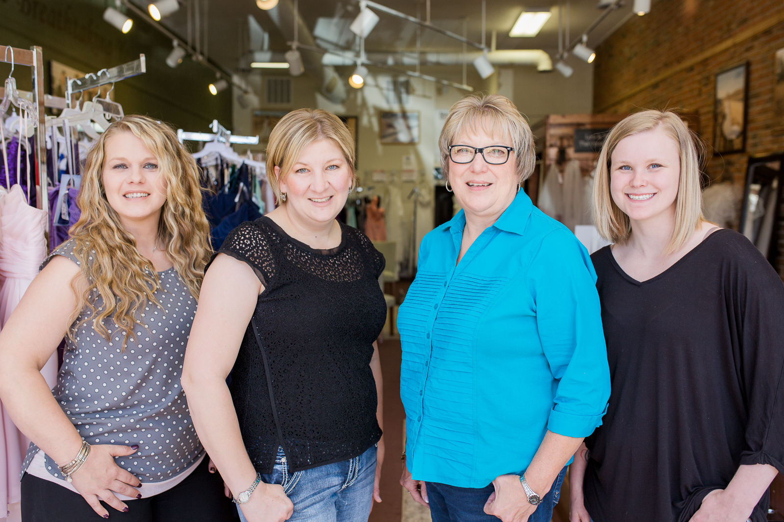 The team at Mountain Valley Bridal are so friendly and fun! I love getting to work with them on styled shoots and fun projects.