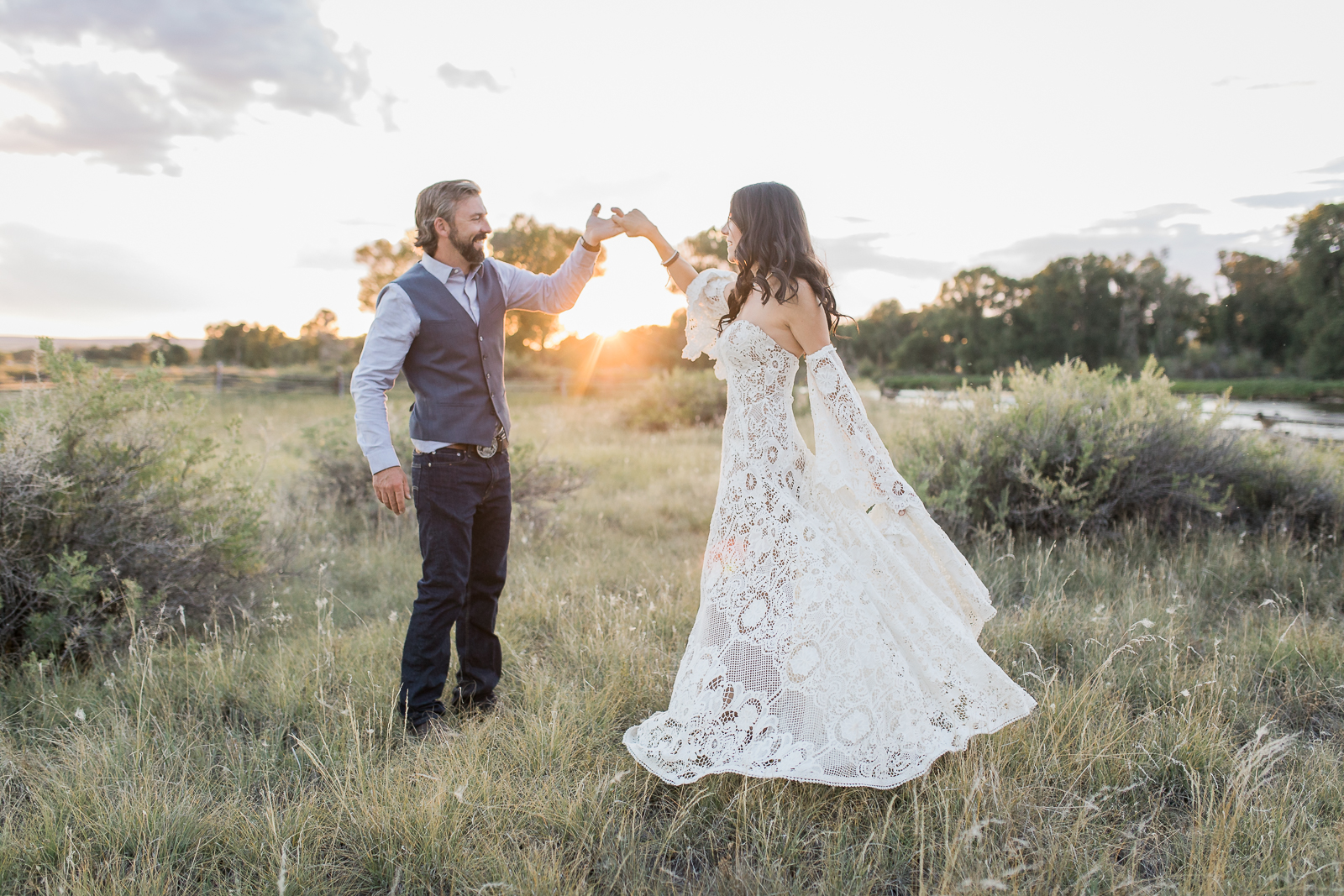 Boho Wedding in Sarataoga, WY by Laramie based photographer, Megan Lee Photography
