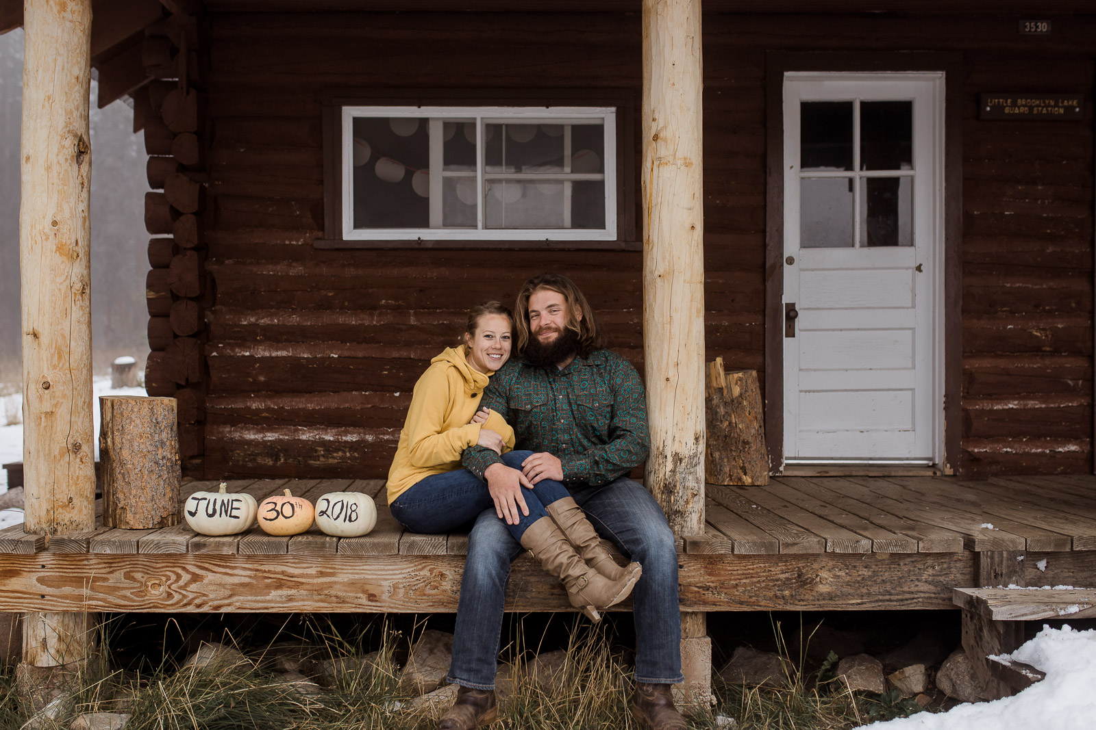 Fall Engagement photos in Wyoming by Megan Lee Photography