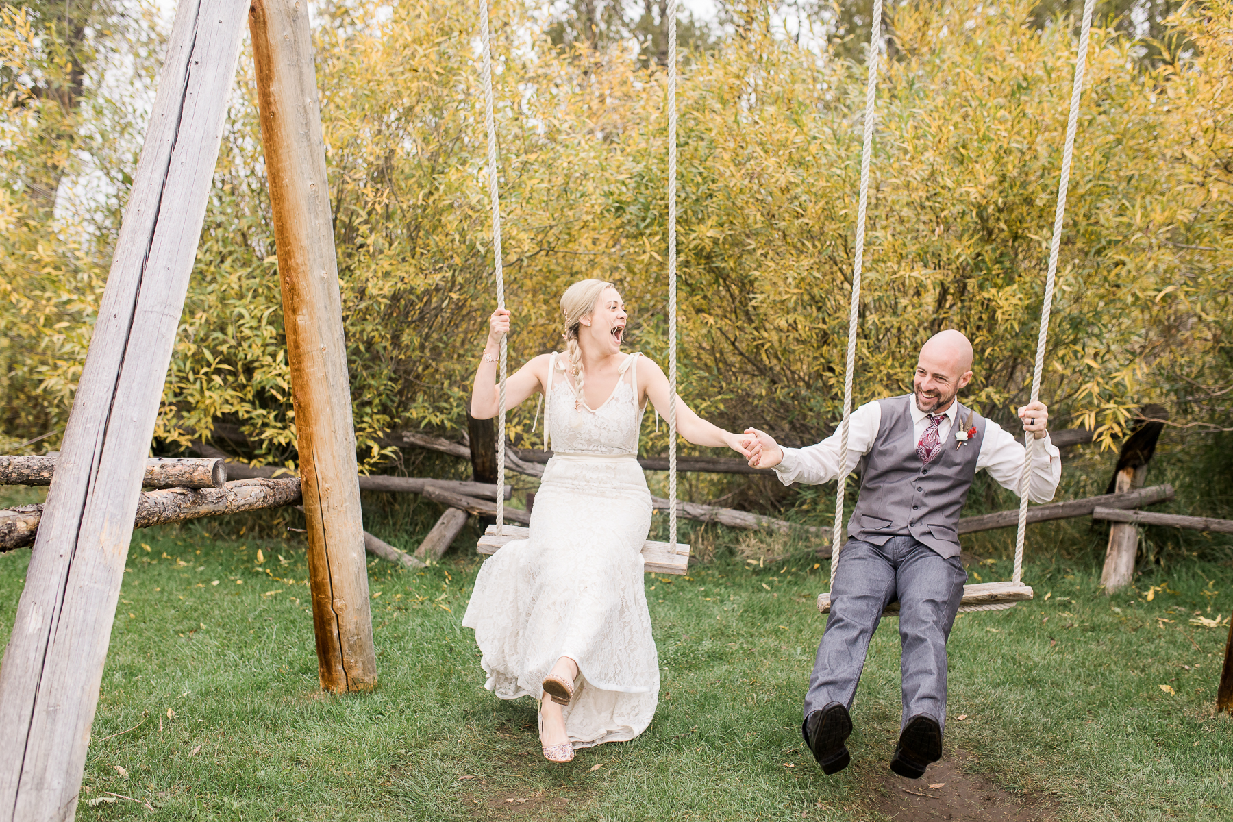 Autumn Wyoming Wedding by Laramie based photographer Megan Lee Photography
